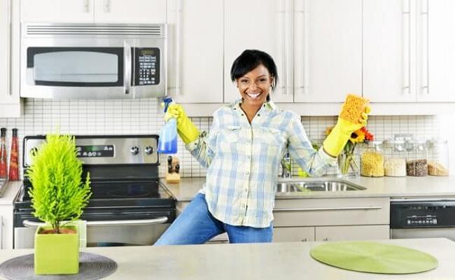 Cách khử mùi hôi trong tủ bếp đơn giản, dễ làm