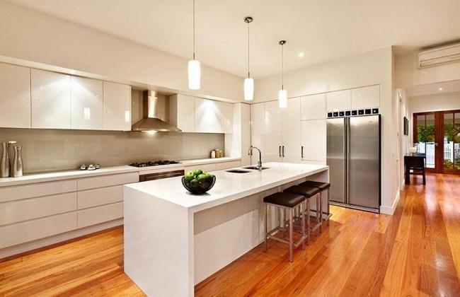 Kệ tủ bếp bằng chất liệu Acrylic
