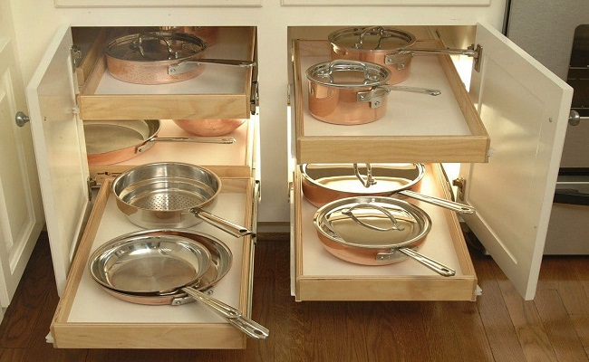 Kệ tủ bếp thông minh bằng gỗ