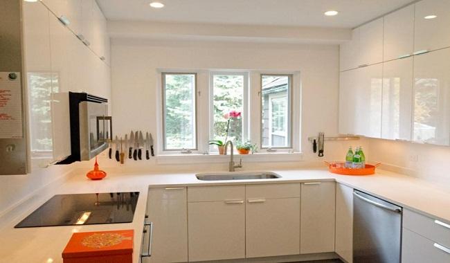 Mẫu nội thất tủ bếp gia đình chữ U cho nhà nhỏ