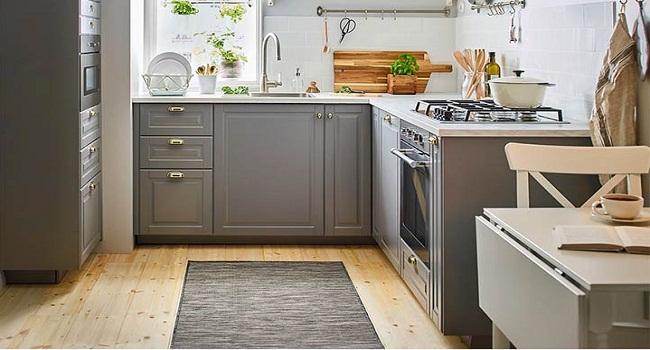 Mẫu tủ bếp dưới bằng gỗ tự nhiên