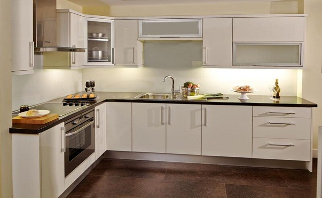 Mẫu tủ bếp nhôm kính trắng