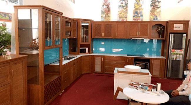 Mẫu tủ bếp nhôm vân gỗ đẹp