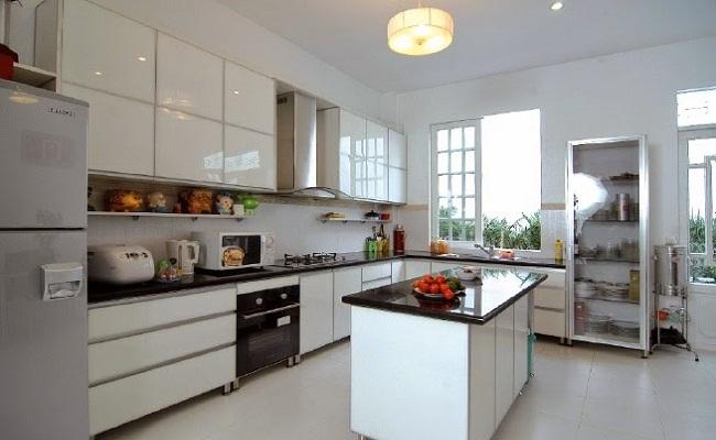 Phụ kiện tủ bếp cơ bản gồm có những gì?