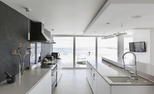 Tủ bếp song song hiện đại