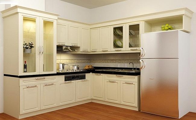 Tủ bếp chữ L bằng gỗ tự nhiên cho nhà nhỏ