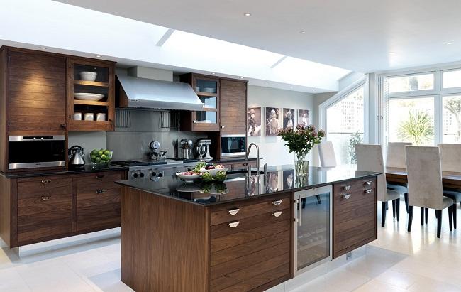 Tủ bếp gỗ óc chó mở hiện đại