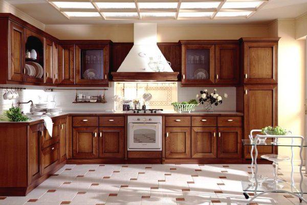 Tủ bếp gỗ sồi Nga cổ điển