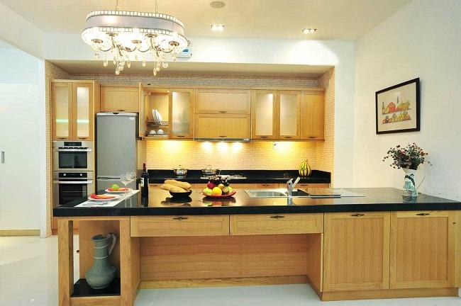 Tủ bếp gỗ sồi Nga hiện đại cho nhà lớn
