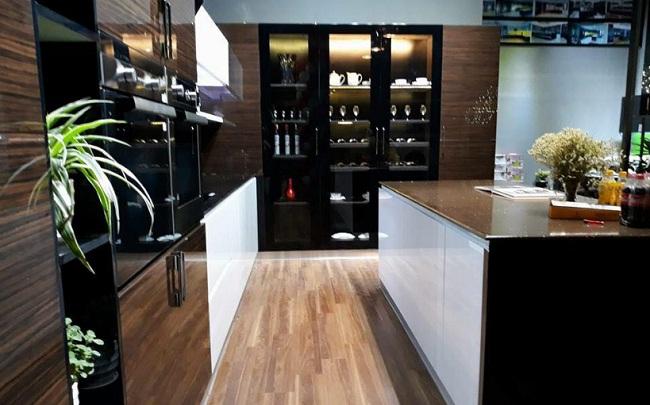 Tủ bếp inox cánh kính - Xu hướng cho nhà bếp hiện đại