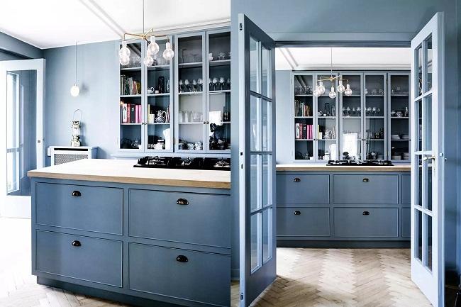 Mẫu tủ bếp màu xanh dương tuyệt đẹp