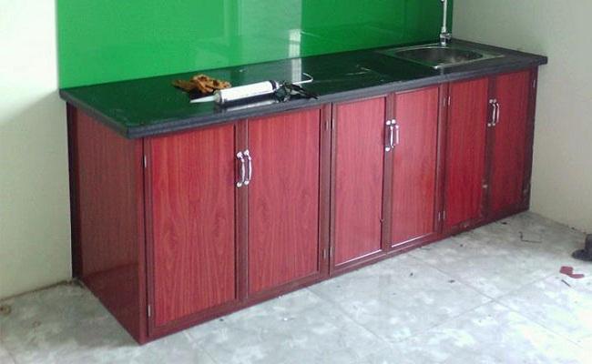 Tủ bếp nhôm kính có bền không?