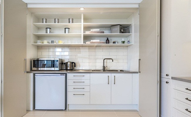 Mẫu thiết kế tủ bếp tiết kiệm chi phí, diện tích