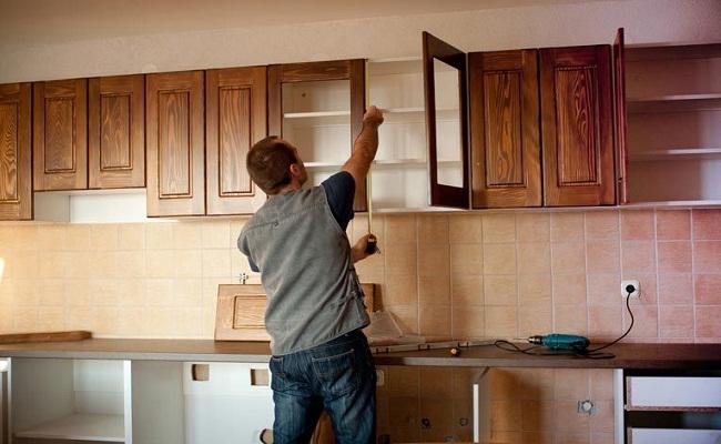 Tự làm tủ bếp đơn giản